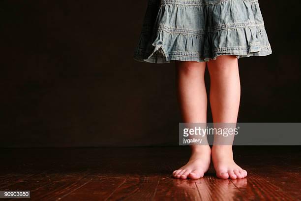 Mädchen Beine und Füße