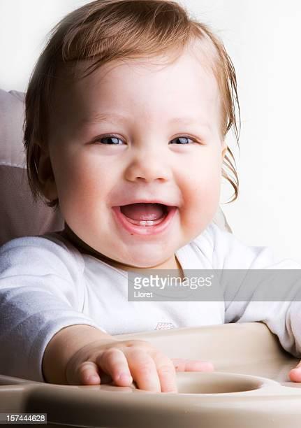 Wenig glückliches baby