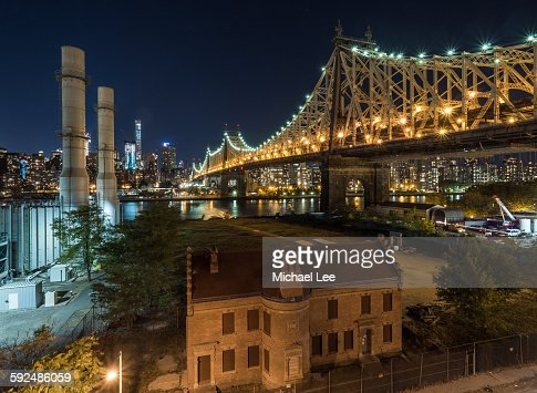 Little House Under the Bridge - New York