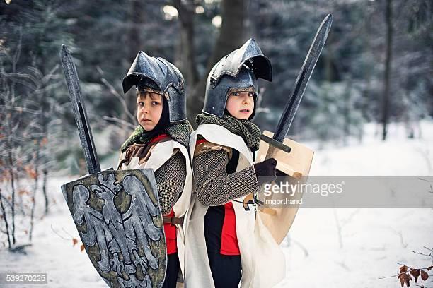 Little knights in gefrorenen Wald