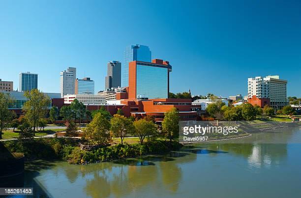 Little Rock skyline e del fiume