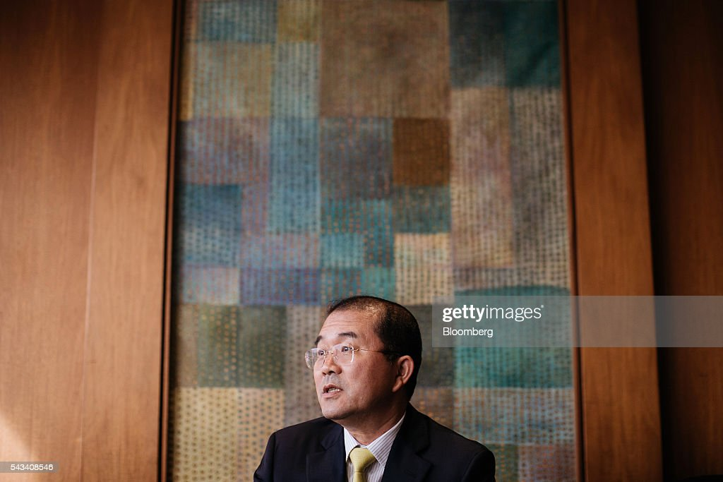 Liu Minghui, executive chairman and president of China Gas Holdings Ltd., speaks ahead of a news conference in Hong Kong, China, on Tuesday, June 28, 2016. China Gas Holdings Ltd hopes that the government will cut gas price further to encourage consumption, Minghui said. Photographer: Anthony Kwan/Bloomberg via Getty Images