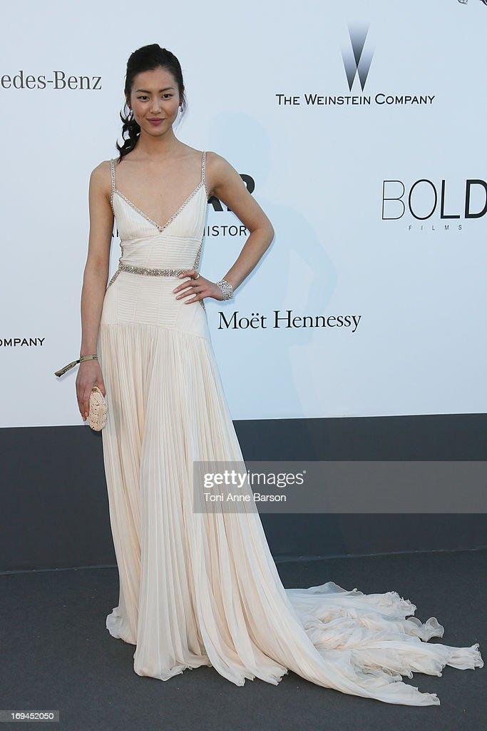 Liu Wen arrives at amfAR's 20th Annual Cinema Against AIDS at Hotel du Cap-Eden-Roc on May 23, 2013 in Cap d'Antibes, France.