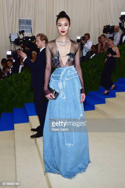 Liu Wen arrives at 'Rei Kawakubo/Comme des Garcons Art Of The InBetween' Costume Institute Gala at The Metropolitan Museum on May 1 2017 in New York...