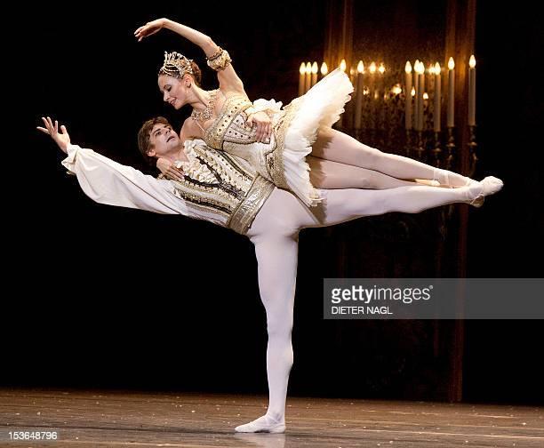 Liudmila Konovalova and Vladimir Shishov perform during the dress rehearsal of the ballet 'Nutcracker' at the Wiener Staatsoper state opera on...