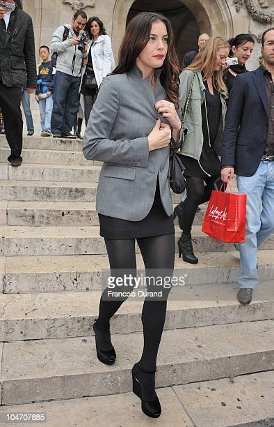 Liv Tyler arrives for the Stella McCartney Ready to Wear Spring/Summer 2011 show during Paris Fashion Week at Opera Garnier on October 4 2010 in...