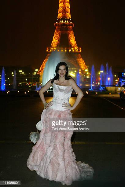 Liv Tyler during 'The Lord of The Rings The Two Towers' Premiere Paris AfterParty at Palais Chaillot in Paris France