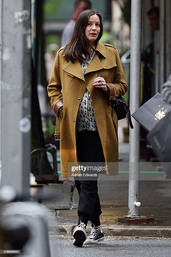<a gi-track='captionPersonalityLinkClicked' href=/galleries/search?phrase=Liv+Tyler&family=editorial&specificpeople=202094 ng-click='$event.stopPropagation()'>Liv Tyler</a> is seen out for a walk in the West Village on May 6, 2016 in New York City.