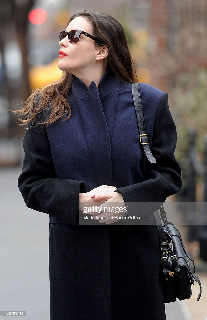 <a gi-track='captionPersonalityLinkClicked' href=/galleries/search?phrase=Liv+Tyler&family=editorial&specificpeople=202094 ng-click='$event.stopPropagation()'>Liv Tyler</a> is seen walking in the West Village on December 05, 2013 in New York City.