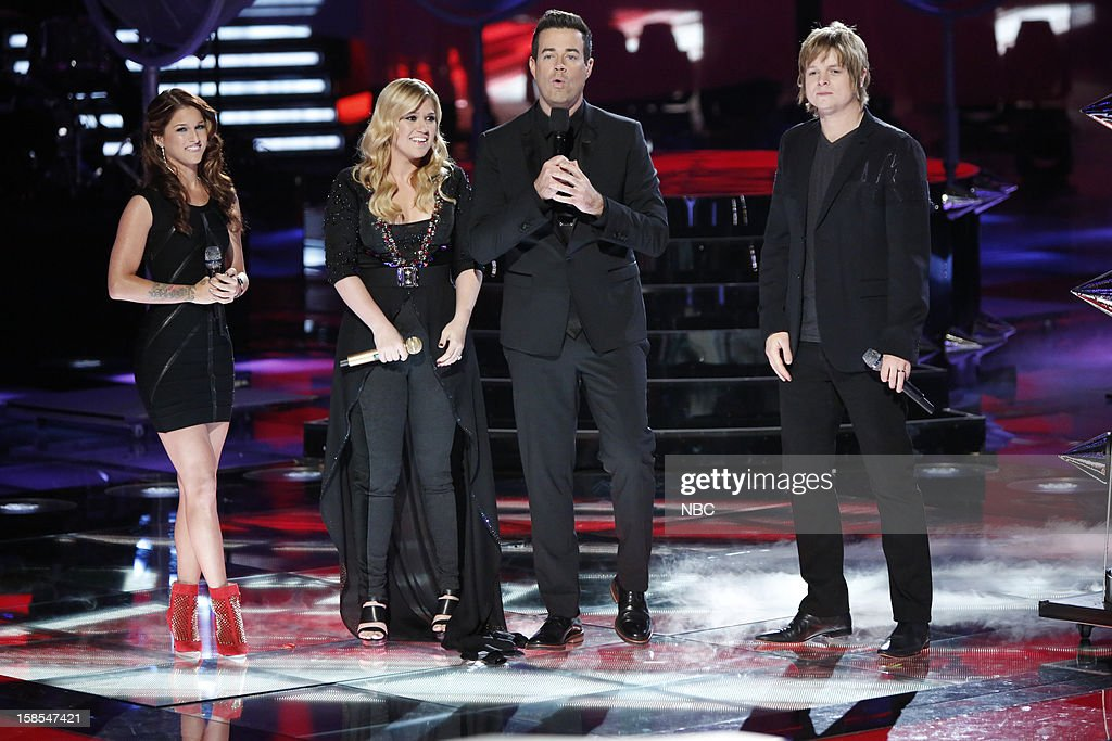 THE VOICE -- 'Live Finale' Episode 323B -- Pictured: (l-r) Cassadee Pope, Kelly Clarkson, Carson Daly, Terry McDermott --