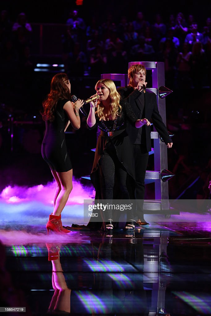 THE VOICE -- 'Live Finale' Episode 323B -- Pictured: (l-r) Cassadee Pope, Kelly Clarkson, Terry McDermott --