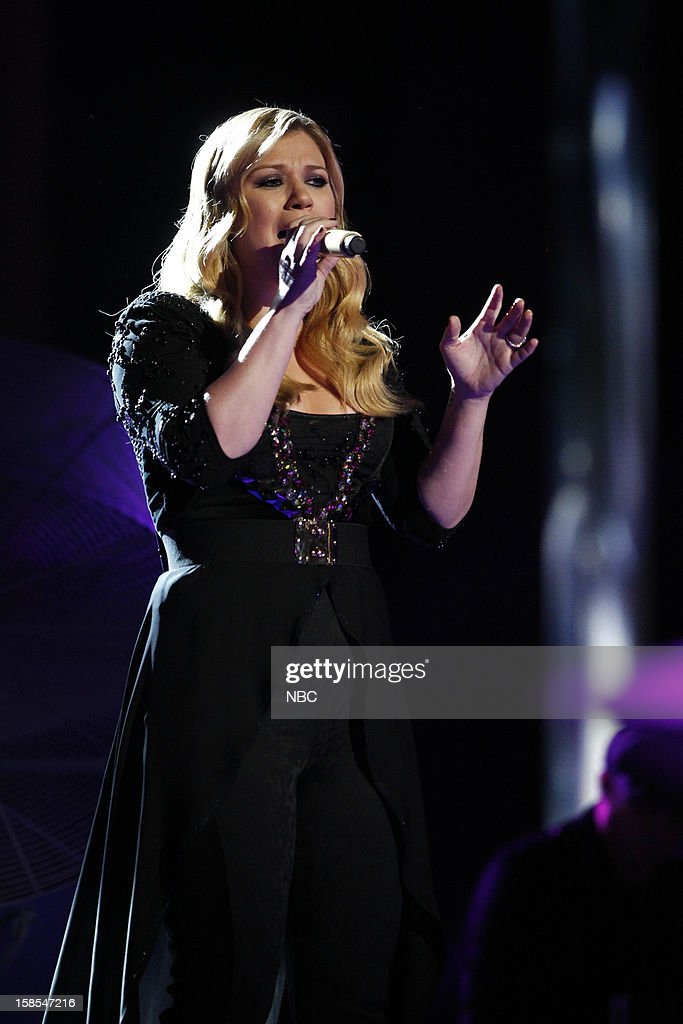 THE VOICE -- 'Live Finale' Episode 323B -- Pictured: Kelly Clarkson --