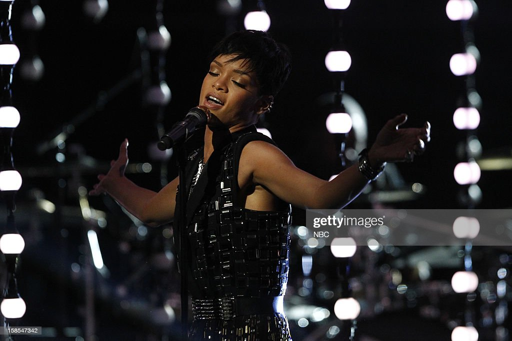 THE VOICE -- 'Live Finale' Episode 323B -- Pictured: <a gi-track='captionPersonalityLinkClicked' href=/galleries/search?phrase=Rihanna&family=editorial&specificpeople=453439 ng-click='$event.stopPropagation()'>Rihanna</a> --
