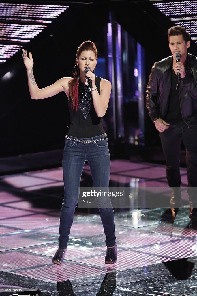 THE VOICE -- 'Live Show' Episode 320B -- Pictured: (l-r) Cassadee Pope, Dez Duron --