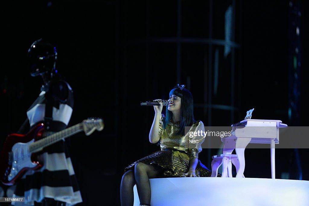 THE VOICE -- 'Live Show' Episode 321A -- Pictured: Melanie Martinez --