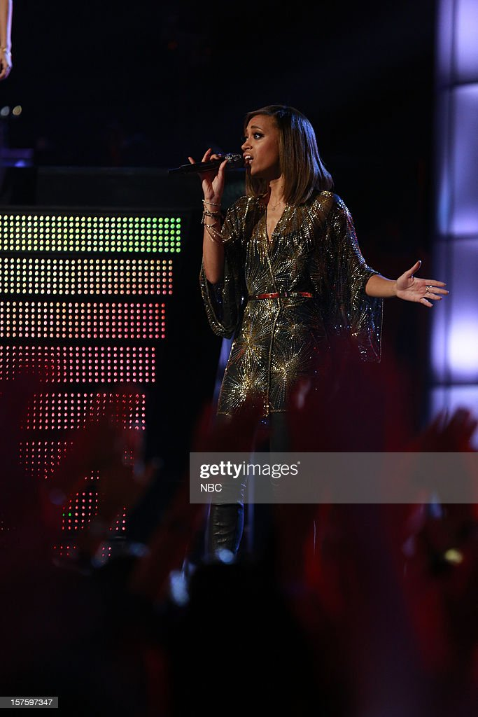 THE VOICE -- 'Live Show' Episode 321B -- Pictured: Amanda Brown --
