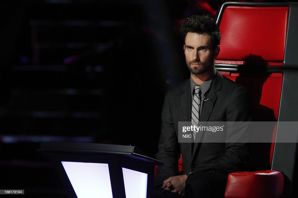 THE VOICE -- 'Live Show' Episode 322A -- Pictured: <a gi-track='captionPersonalityLinkClicked' href=/galleries/search?phrase=Adam+Levine+-+Chanteur&family=editorial&specificpeople=202962 ng-click='$event.stopPropagation()'>Adam Levine</a> --