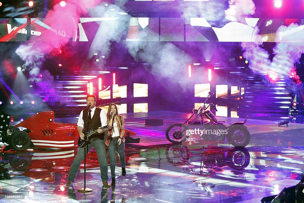 THE VOICE -- 'Live Show' Episode 323A -- Pictured: (l-r) Blake Shelton, Cassadee Pope --