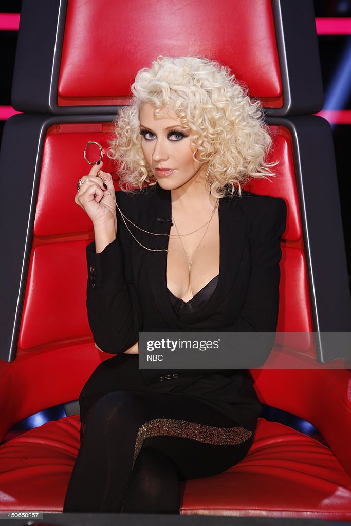 THE VOICE -- 'Live Show' Episode 515B -- Pictured: <a gi-track='captionPersonalityLinkClicked' href=/galleries/search?phrase=Christina+Aguilera&family=editorial&specificpeople=171272 ng-click='$event.stopPropagation()'>Christina Aguilera</a> --
