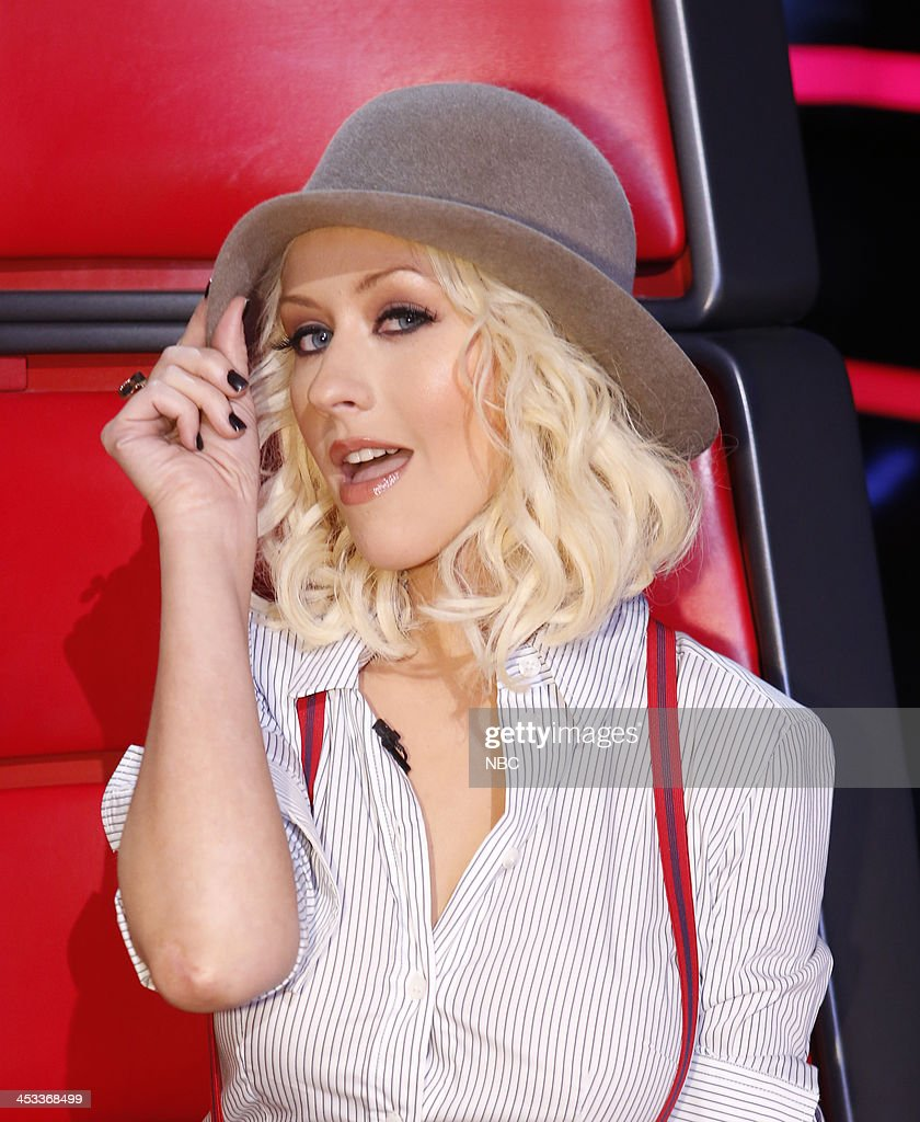 THE VOICE -- 'Live Show' Episode 517B -- Pictured: <a gi-track='captionPersonalityLinkClicked' href=/galleries/search?phrase=Christina+Aguilera&family=editorial&specificpeople=171272 ng-click='$event.stopPropagation()'>Christina Aguilera</a> --