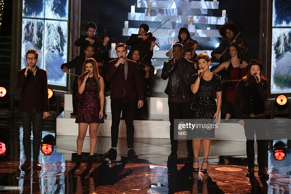 THE VOICE -- 'Live Show' Episode 517B -- Pictured: (l-r) Will Champlin, Jacquie Lee, James Wolpert, Matthew Schuler, Tessanne Chin, Cole Vosbury --