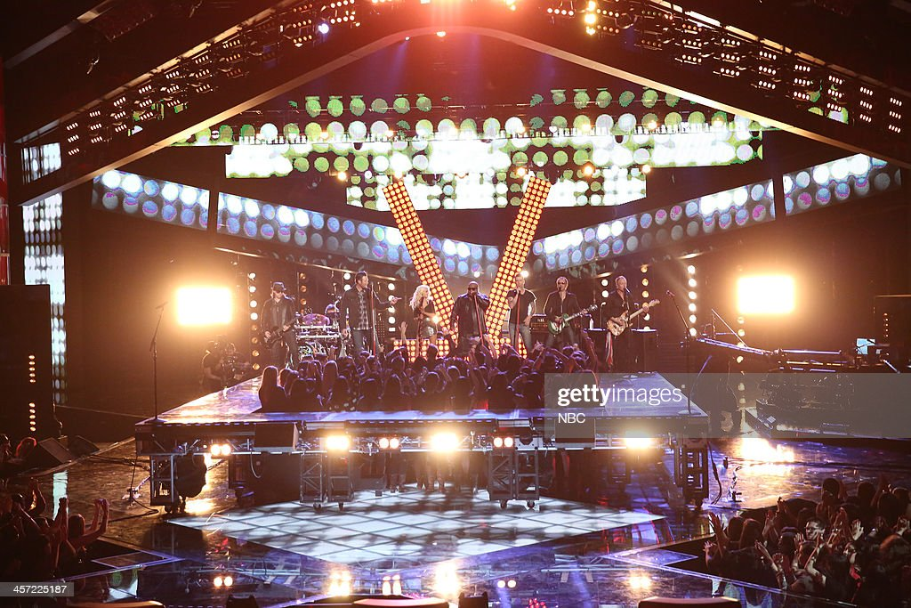 THE VOICE -- 'Live Show' Episode 519A -- Pictured: (l-r) Blake Shelton, Christina Aguilera, CeeLo Green, Adam Levine, Def Leppard --