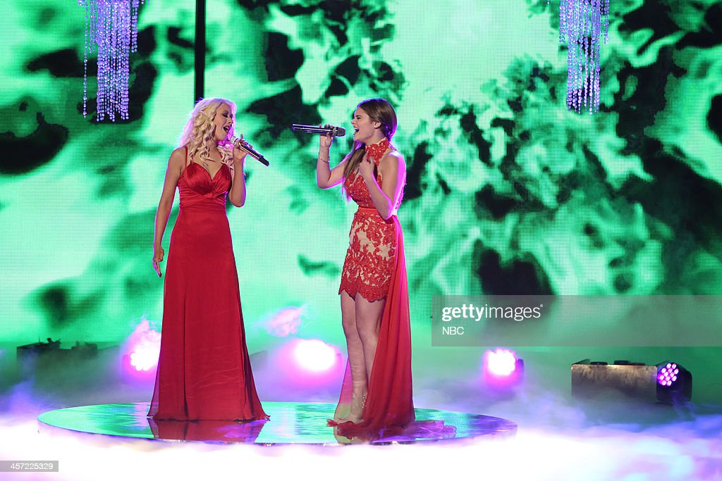 THE VOICE -- 'Live Show' Episode 519A -- Pictured: (l-r) Christina Aguilera, Jacquie Lee --