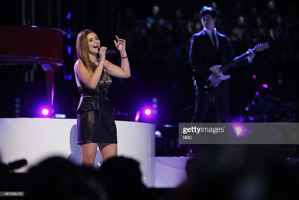 THE VOICE -- 'Live Show' Episode 519A -- Pictured: Jacquie Lee --