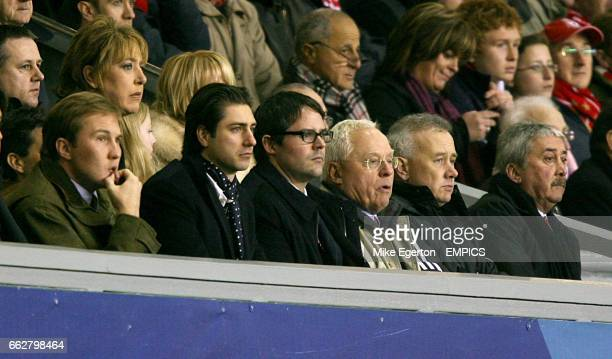 Liverpool co owner George Gillett Tom hicks Jr son of Liverpool coowner Tom Hicks chief executive Rick Parry and chairman David Moores in the stands