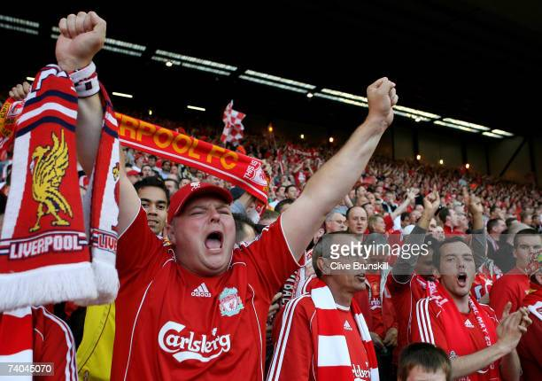 Liverpool fans in the KOP End cheer prior to the UEFA Champions League semi final second leg match between Liverpool and Chelsea at Anfield on May 1...