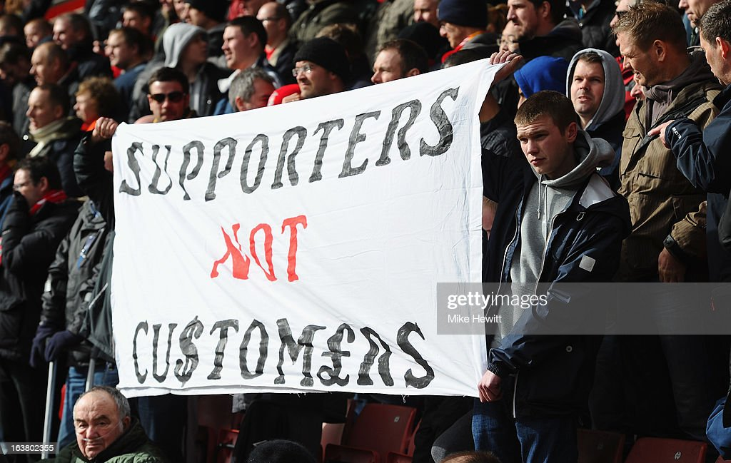 Liverpool fans make a point during the Barclays Premier League match between Southampton and Liverpool at St Mary's Stadium on March 16, 2013 in Southampton, England.
