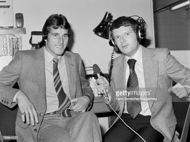 1980 Taking time out during interviews to pose for pictures are Liverpool and England goalkeeper Ray Clemence and Television Commentator John Motson...