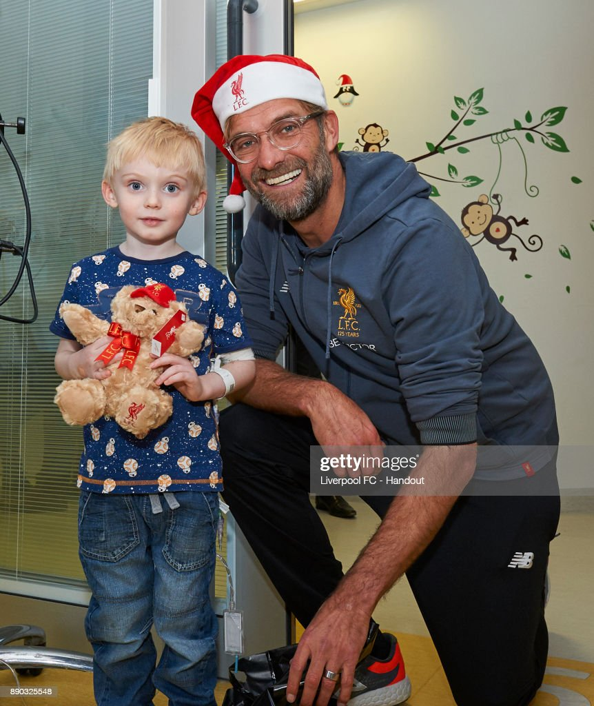 Liverpool Players Deliver Christmas Presents to the Children at Alder Hey Hospital