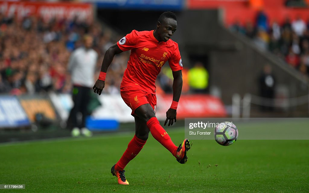 Swansea City v Liverpool - Premier League : News Photo