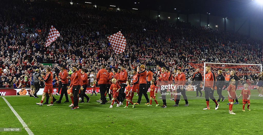 Liverpool show their appreciation to the fans at the end of the Barclays Premier League match between Liverpool and Chelsea at Anfield on May 11, 2016 in Liverpool, England.