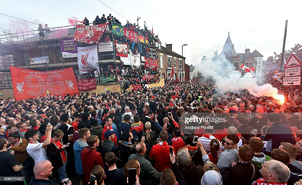 Liverpool team coach arrives before the UEFA Europa League Semi Final: Second Leg match between Liverpool and Villarreal CF at Anfield on May 05, 2016 in Liverpool, England.
