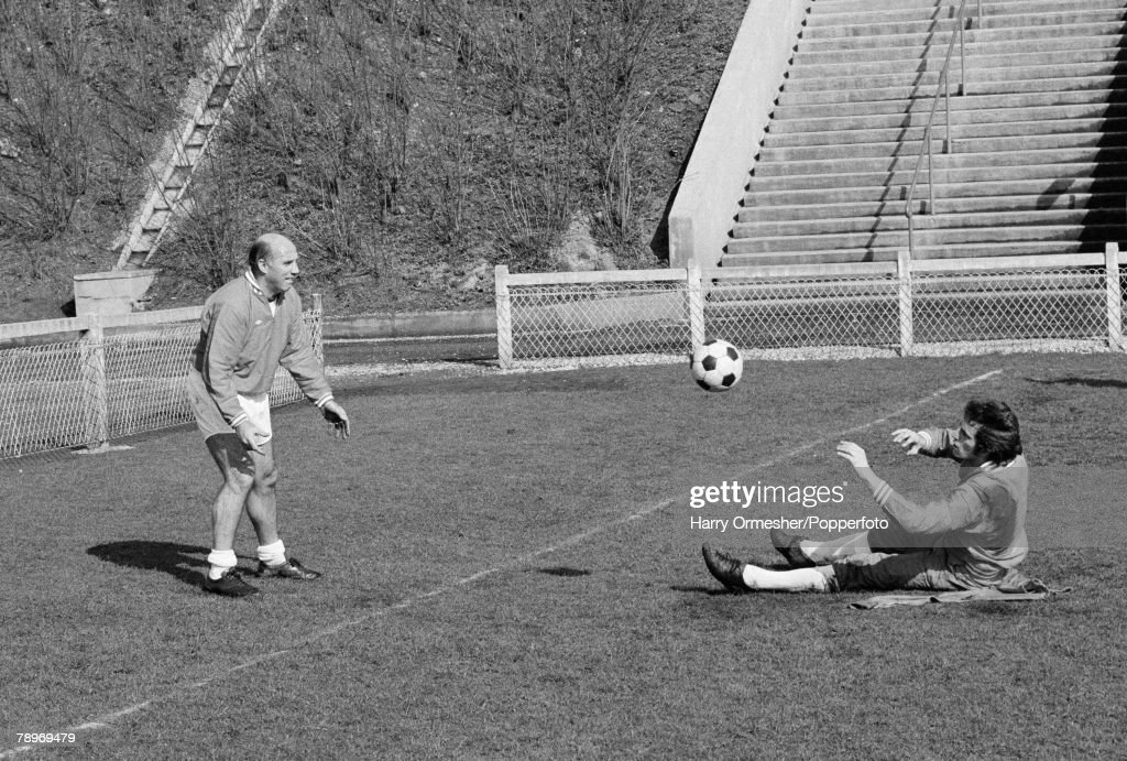 Football, European Cup, St Etienne v Liverpool, 3rd March 1977, Liverpool Physio Ronnie Moran puts goalkeeper Ray Clemence through his paces during training prior to the European Cup tie