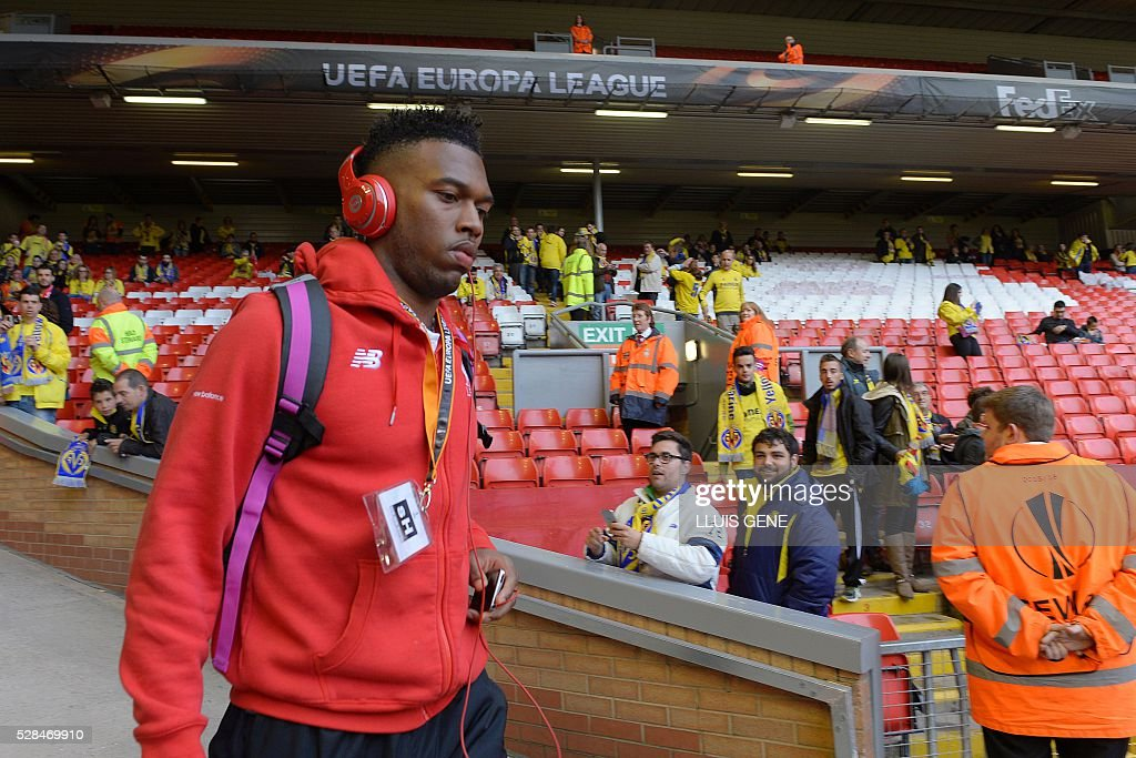 Liverpool's Daniel Sturridge arrives at the stadium ahead of the start of the UEFA Europa League semi-final second leg football match between Liverpool and Villarreal CF at Anfield in Liverpool, northwest England on May 5, 2016. / AFP / LLUIS