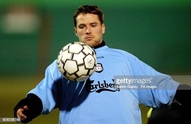 Liverpool's Michael Owen during a training session on the training pitch behind Stade Abbe Deschamps Auxerre France ahead of tomorrow's second round...