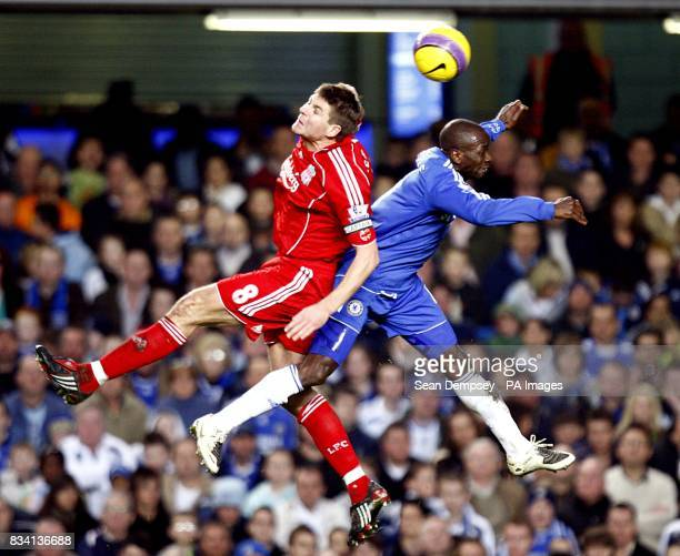 Liverpool's Steven Gerrard and Chelsea's Claude Makelele battle for the ball