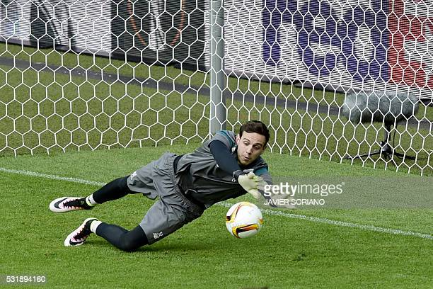 Liverpool's Welsh goalkeeper Danny Ward attends a training session at the St JakobPark stadium in Basel northern Switzerland on May 17 on the eve of...