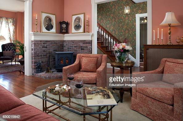 Woodstock inn photos et images de collection getty images for The family room vermont