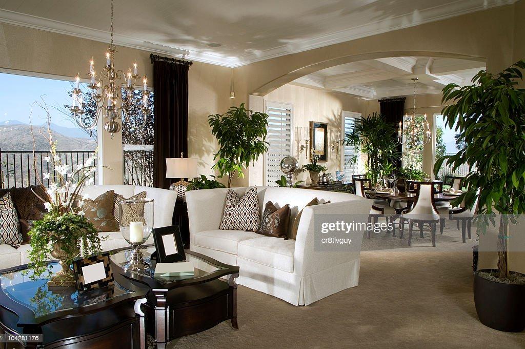 Intérieur de maison salle de séjour de Design : Photo