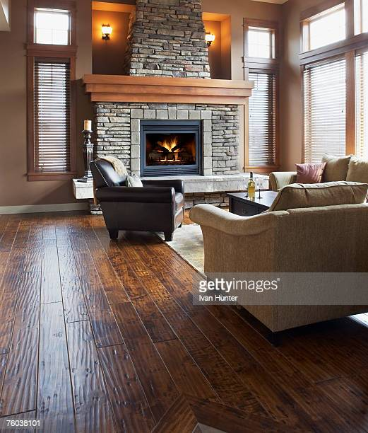 Empty Living Room: Empty Room With Wooden Floor Stock Photos And Pictures