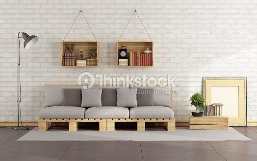 wohnzimmer mit paletten sofa stock foto - Wohnzimmer Von Paletten