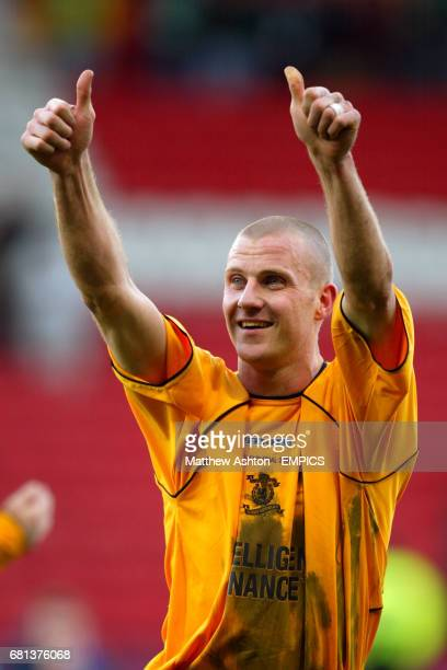 Livingston's Derek Lilley gives the fans the thumbs up after winning the cup