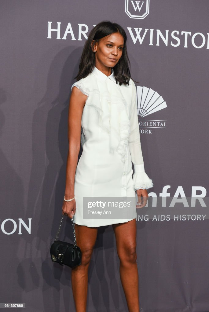 liya-kebede-attends-19th-annual-amfar-new-york-gala-arrivals-at-wall-picture-id634367886