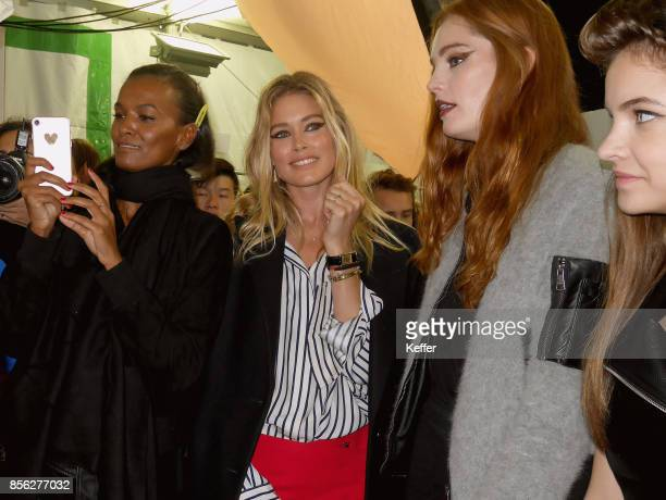 Liya Kebede Doutzen Kroes Alexina Graham backstage prior Le Defile L'Oreal Paris as part of Paris Fashion Week Womenswear Spring/Summer 2018 at...