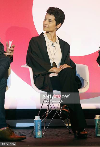 Liz Crawford speaks onstage at the What's Hot in 2017 – Leveraging Changing Habits to Drive Engagement panel at BB King during 2016 Advertising Week...