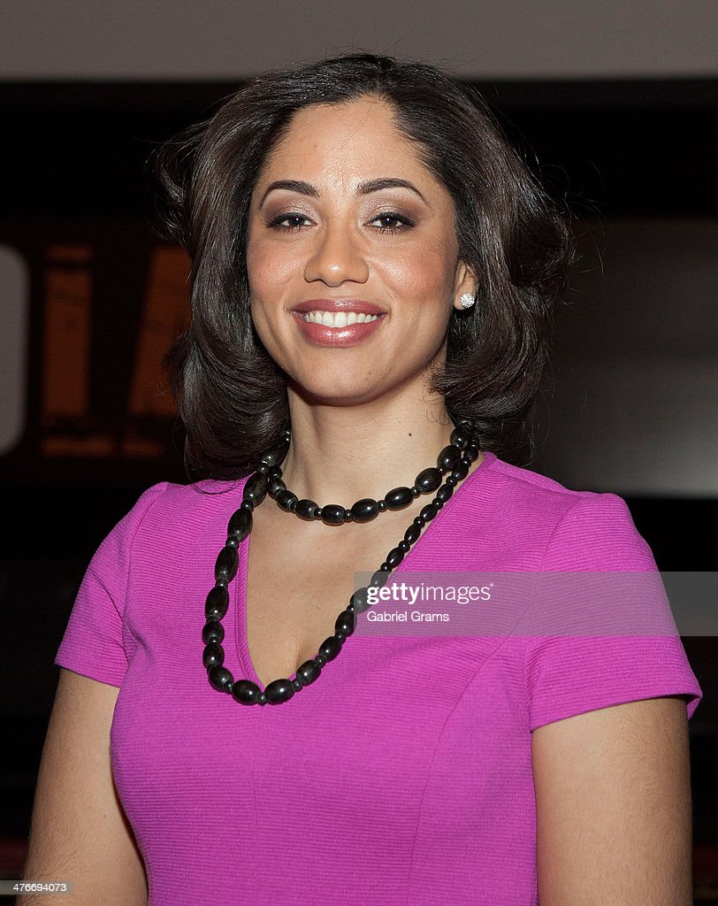 Liz Dozier attends the 'Chicagoland' series premiere at Bank of America Theater on March 4, 2014 in Chicago, Illinois.